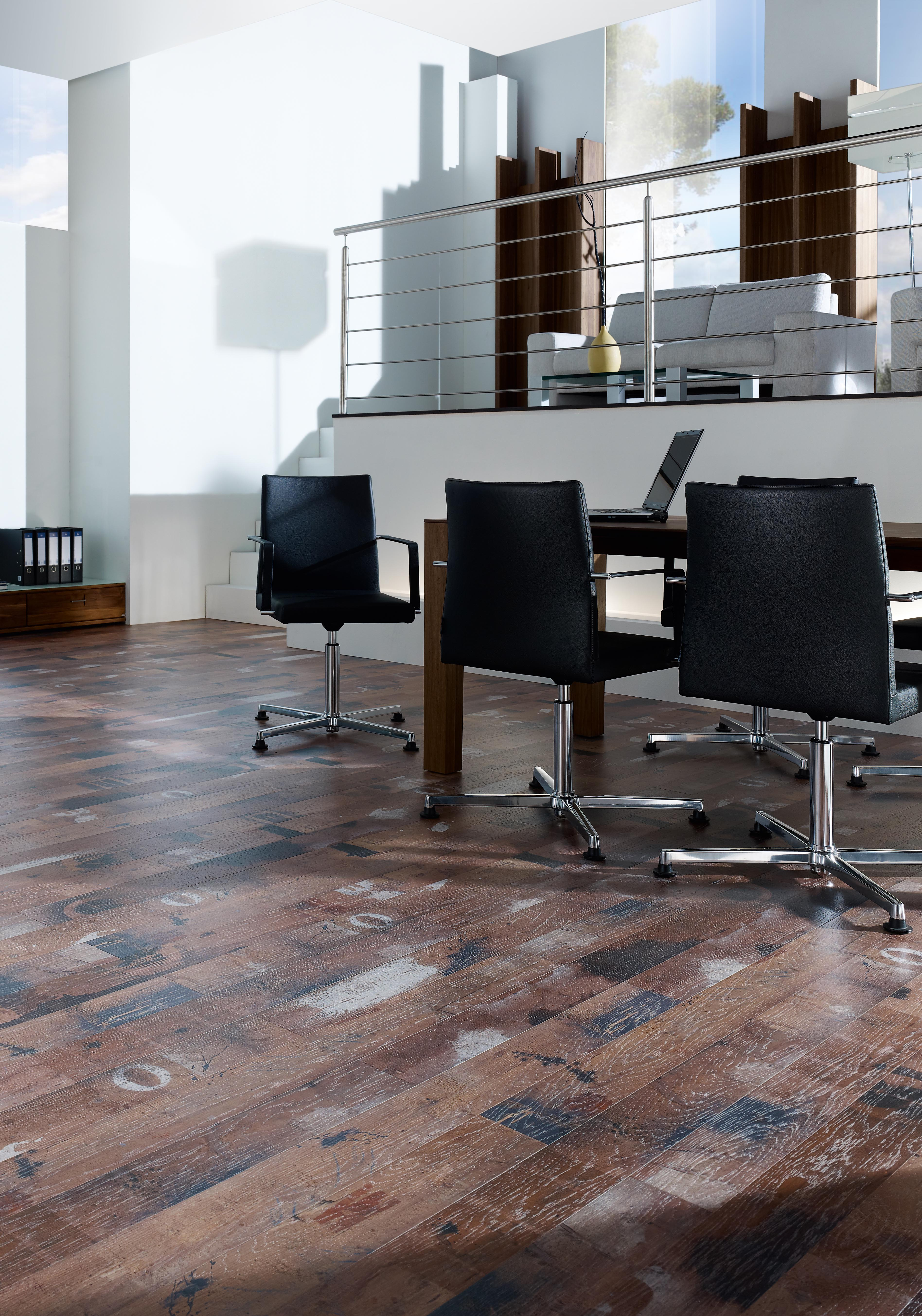 tapezierer robert ungersb ck laminat. Black Bedroom Furniture Sets. Home Design Ideas